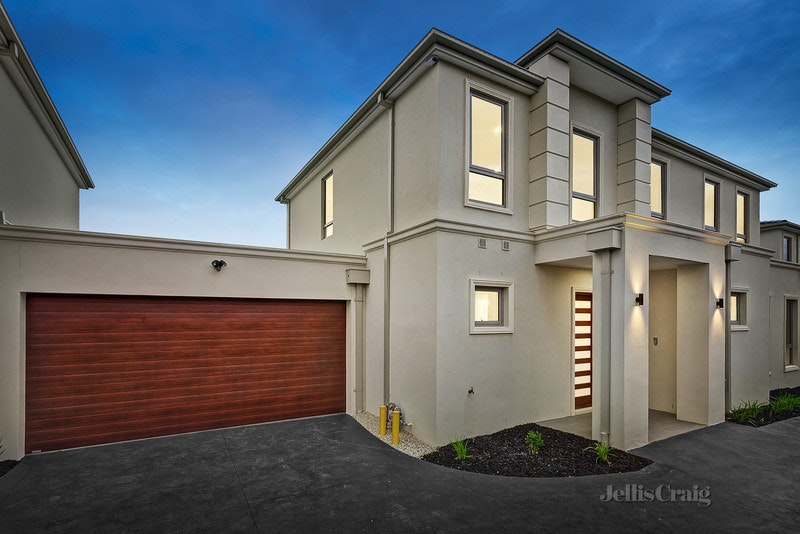 2/3 Meadow Grove